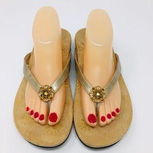 Vionic Sharon Sandals Size 10 WIDE WIDTH